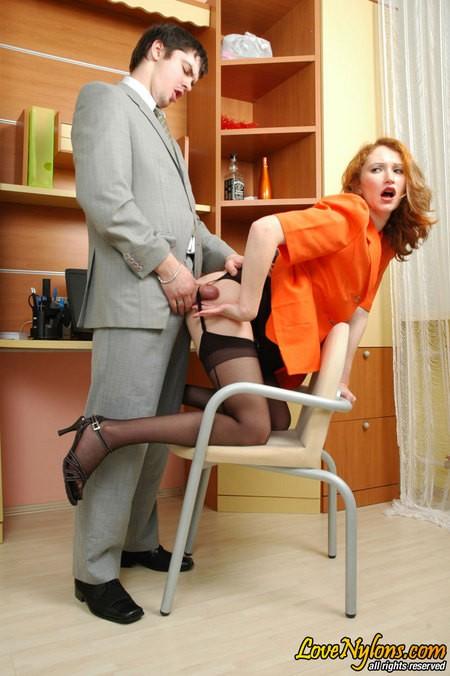 Секретарша соблазнила шефа на секс в офисе ||  Фото секс в офисе бесплатно
